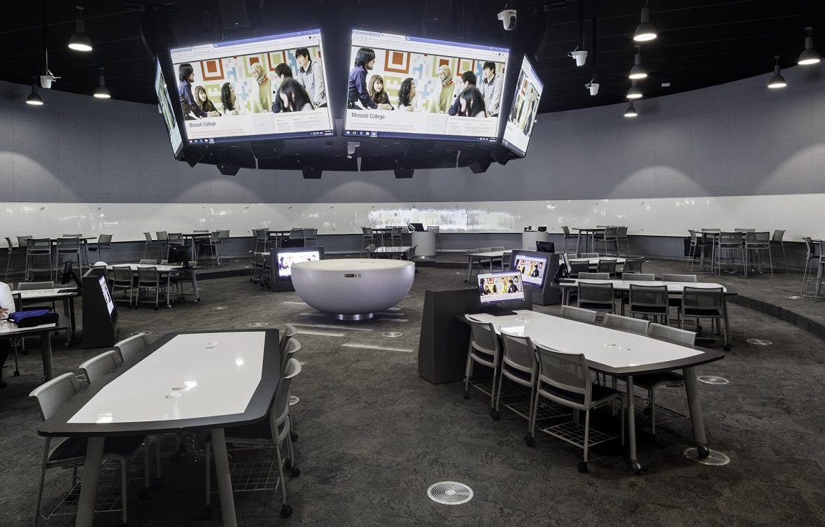 """Monash Uni – """"Learning in the Round"""" room"""